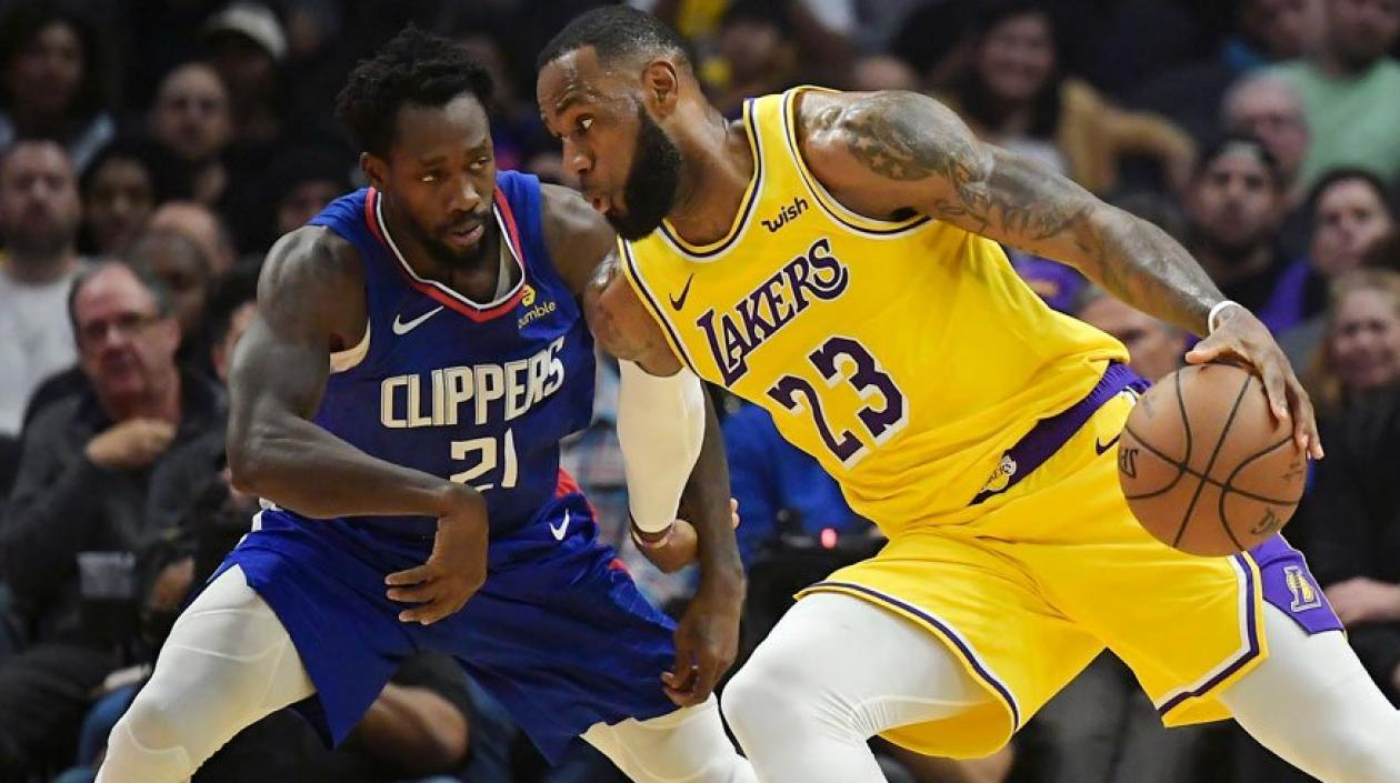 LeBron James ante los Clippers.